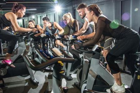 Spinning: como praticar para perder a barriga