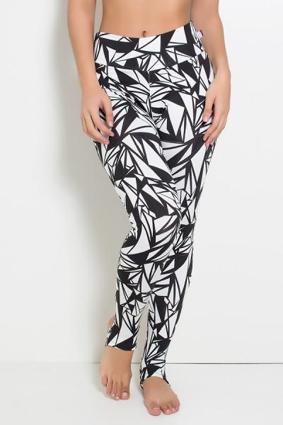 Calça Legging Estampada com Pezinho (Preta com Triângulos Brancos) | Ref: KS-F192-002