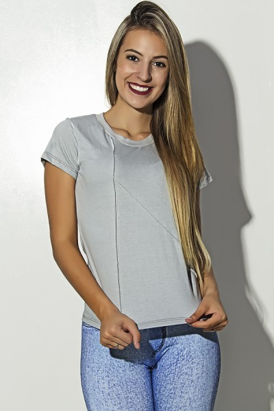Camiseta de Malha Cinza com Ponto de Cobertura