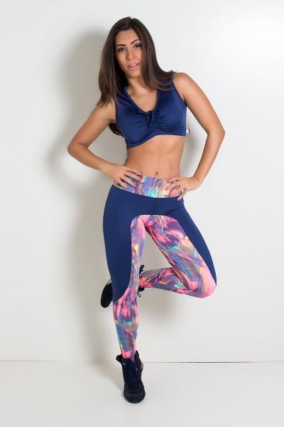 Calça Estampada com Detalhe Liso e Bolso traseiro Estampado (Borrado Azul Laranja E Rosa Fluor / Azul Marinho) | Ref: KS-F248-001