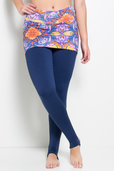 Calça Legging Lisa com Tapa Bumbum Estampado   Ref: F79