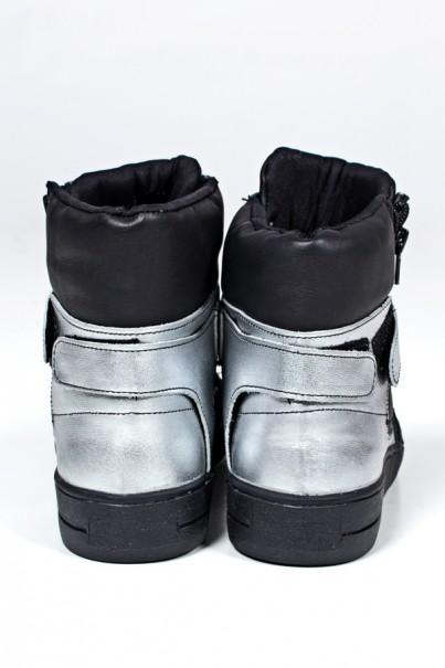 KS-T35-001_Sneaker_Unissex_Preto_com_Prata_Sola_Preta__Ref:_KS-T35-001
