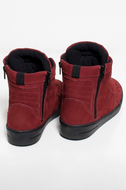 KS-T53-004_Sneaker_Nobuck_com_Fecho_Vinho_com_Sola_Preta__Ref:_KS-T53-004