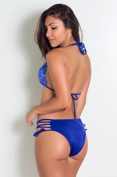 Biquini Top Cortininha Estampado com Alça Dupla e Calcinha Lisa com Tiras (Mosaico Violeta e Azul / Azul Royal) | Lycra de Qualidade | Ref: DVBQ61-001