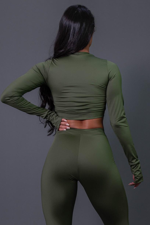 K2686-C_Cropped_Fitness_Manga_Longa_com_Silk_Verde_Militar__Off-White__Ref:_K2686-C
