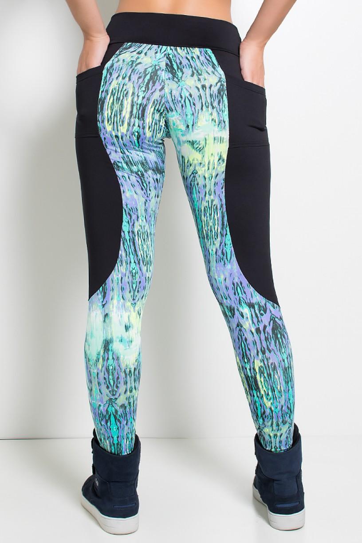 Calça Lisa com Detalhe Estampado e Bolso Traseiro Liso | Ref: KS-F719