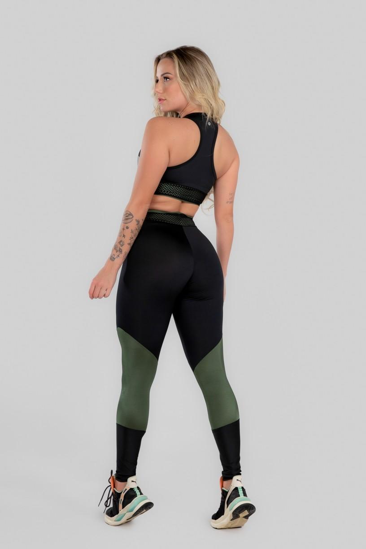 Calça Legging com Recorte e Cós com Elástico (Preto / Verde Militar)   Ref: K2969-C