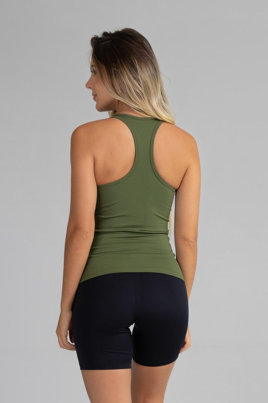 Camiseta com Bojo de Poliamida Básica (Verde Militar)   Ref: GO5-I