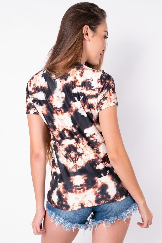 Blusa Básica com Nozinho Estampa Digital Tie Dye (Marrom / Preto) | Ref: K2829-F