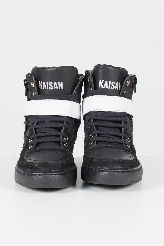 Sneaker Unissex Preto com branco   Ref: T34