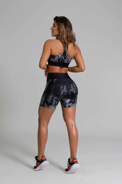 Short Fitness Meia Perna Estampa Digital Doom | Ref: GO387
