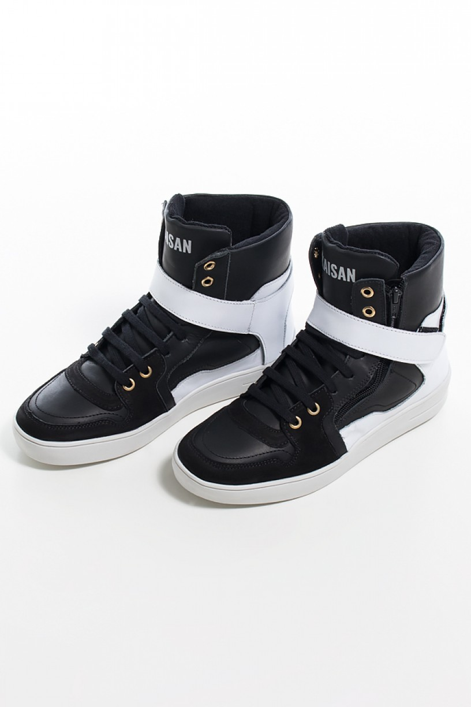 Sneaker Unissex Preto com Branco (Sola Branca) | Ref: KS-T34-002
