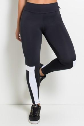Calça Legging Duas Cores com Detalhe na Perna (Preto / Branco) | Ref: F1875-001