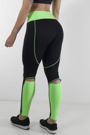 Calça Duas Cores com Abertura atrás dos Joelhos e Ponto de Cobertura (Preto / Verde Fluor)   Ref: KS-F2130-001