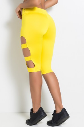 Calça Corsário com Rasgos na Perna (Amarelo)   Ref: KS-F97-013