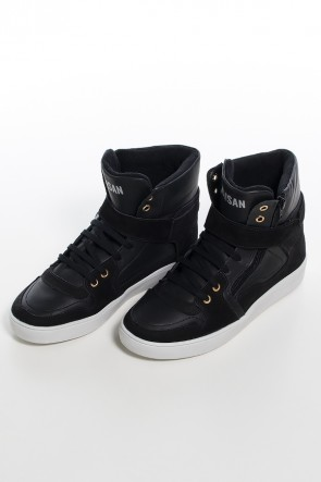 Sneaker Unissex Preto com Sola Branca   Ref: KS-T36-001