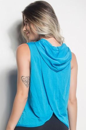 CMT105-007/000/000_Camiseta_Dry_Fit_Com_Capuz_E_Transpassado_Nas_Costas_Azul_Celeste__Ref:_CMT105-007000000