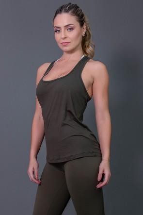 K2573-B_Camiseta_Fitness_com_Detalhe_em_Gota_nas_Costas_Verde_Militar__Ref:_K2573-B