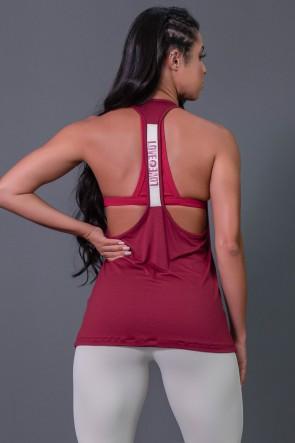 K2595-C_Camiseta_Fitness_com_Detalhe_de_Elastico_e_Silk_Love_e_Love_Vinho__Branco__Ref:_K2595-C