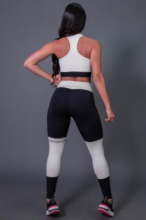 Calça Legging Poliamida  com Ponto de Cobertura e Silk (Preto / Off-White) | Ref: K2684-A