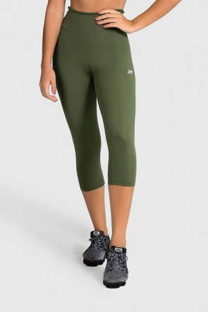 Calça Corsário Fitness Básica (Verde Militar)   Ref: GO2-I