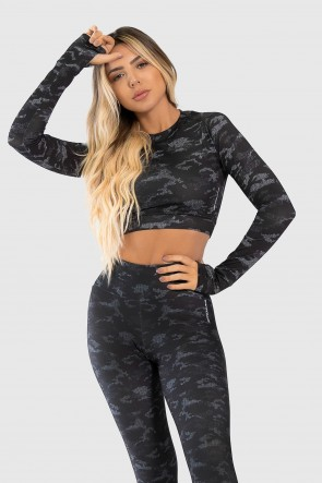 Cropped Fitness Manga Longa Dedinho Estampa Digital Camouflaged Black | Ref: GO229-A