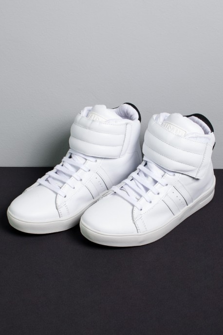 Sneakers Cano Médio com Velcro (Branco)   Ref: KS-T58-001