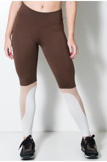 Calça Três Cores com Recorte na Perna (Marrom / Chocolate / Branco Gelo)   Ref: KS-F1617-001