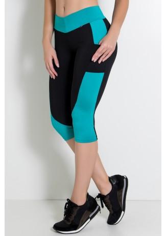 Calça Corsário  com Bolso (Preto / Verde Esmeralda) | Ref:KS-F02-002
