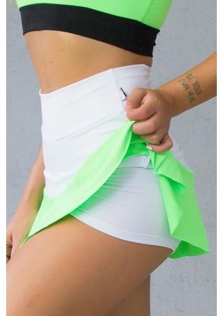 Short Saia Duas Cores com Babado (Branco / Verde Fluor)   Ref: KS-F2096-001