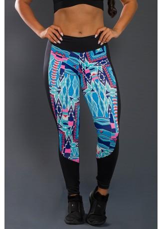 Calça Legging com Detalhe Estampado (Preto / Indigena Azul Vermelho e Rosa) | Ref: KS-F95-001