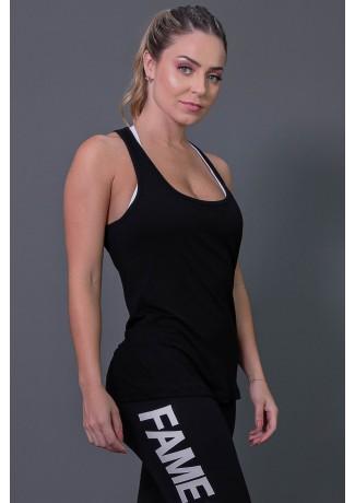 Camiseta Fitness com Detalhe em Gota nas Costas (Preto) | Ref: K2573-A