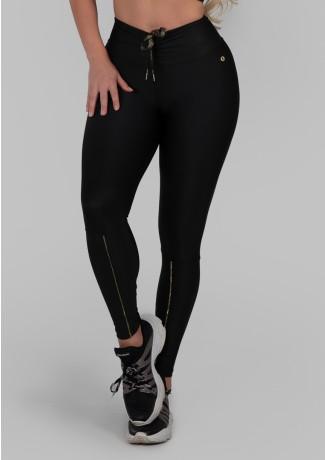 Calça Legging com Cadarço Metálico e Vivo (Preto / Ouro) | Ref: K2986-B